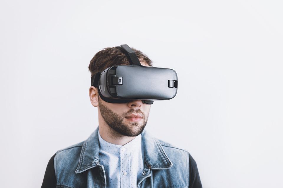 Image: Virtual reality, Pixabay